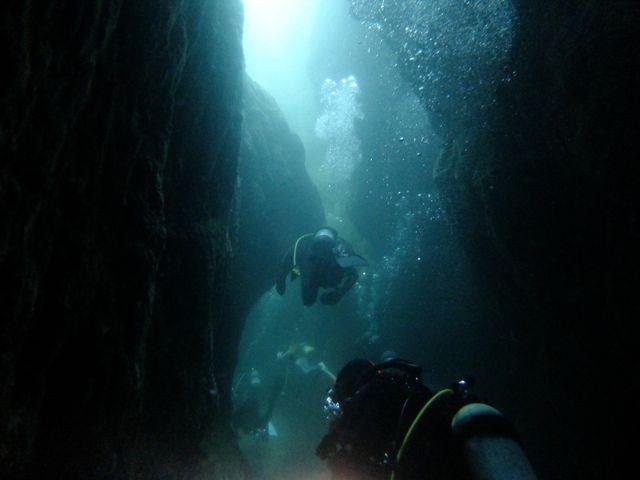 DSCF0042狭い穴