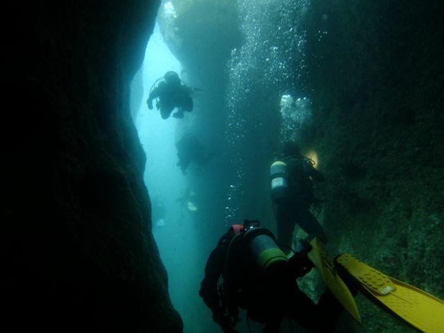 DSCF0043狭い穴