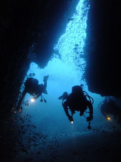 DSCF3411黒崎の洞窟