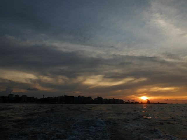 DSCF3974マーレの夕日