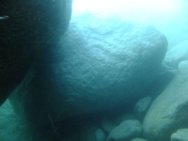 DSCF5063三競1の穴塞ぐ岩