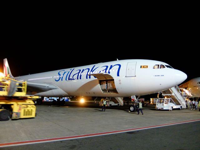 DSCF6029スリランカ航空