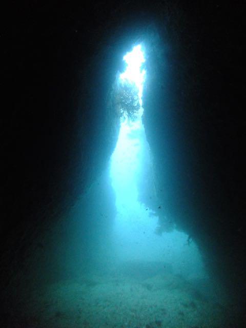 DSCF7066小牛の洞窟出口