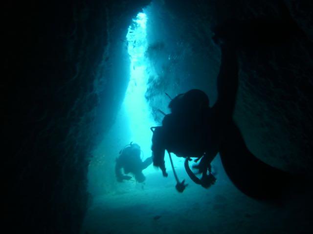 R0015134小牛の洞窟